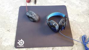 SteelSeries QcK Plus podloga za mis 45x40cm i 25x21cm
