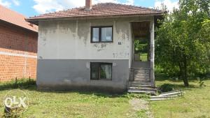Kuća Sa Okućnicom U Starom Selu Tinja I Oko 15 Duluma Zemljišta