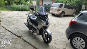 YAMAHA X MAX/250 ccm/ekstra stanje/MODEL 2008