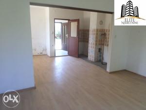 Azići , kuća od 240 m2 na prodaju!