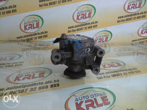 Servo pumpa E klasa 211 2.2 CDI A0044661201 KRLE 6706
