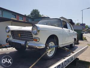 Peugeot 404-1,6 benzin-1973.g.