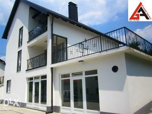 Kuća 452 m2 sa 620 m2 okućnice - ZENICA