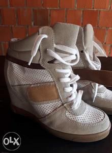 Zenske patike cipele
