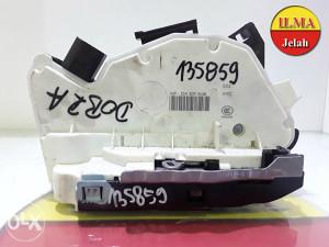 BRAVA VRATA 1S4839016B VW UP 2012 135859