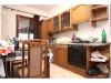 Adaptirana porodična kuća površine 374m², Petrovo