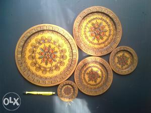 5 kom tanjuri, tanjiri. duborez, pirografija