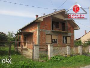 Kuća sa visokim potkrovljem  ID: 2516/DŠ