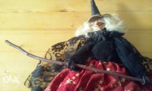 Lutka Vještica na metli