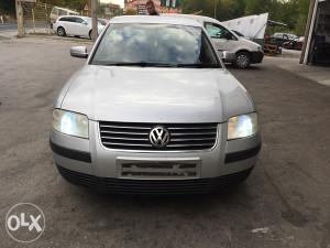 Volkswagen passat 1.9 tdi 2003 (Auto Otpad FANS)