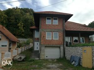 Prodaje Se Kuća U Srebreniku