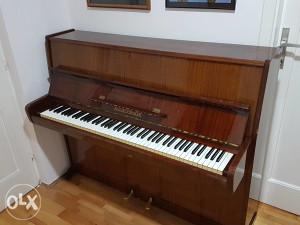 KLAVIR, PIANO August Forster