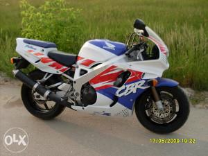 HONDA CBR 900 RR  1993 godina