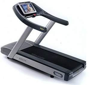 Traka za trčanje TECHNOGYM Excite Run 700 LCD Visio WEB
