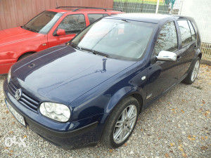 VW GOLF4 1.6 BENZIN,2003 GOD,4 VRATA,EKSTRA.