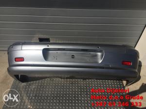 Branik zadnji Peugeot 607 2006. g