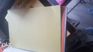 Papir u boji