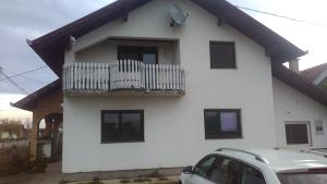 Prodaje se kuća - Lončari