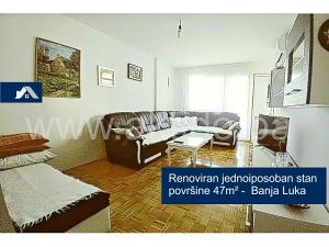 Renoviran jednoiposoban stan površine 47m², Banja Luka