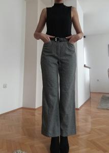 Ženske pantole (više modela)