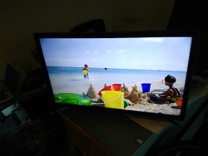 "Samsung led tv 32"" dvb-c resiver"