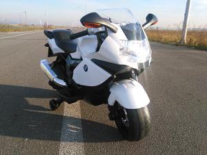 BMW K1300S Djeciji motor na akumulator bijeli l NOVO