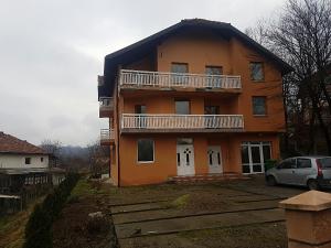 Kuća Slavinovici prilika 062433645