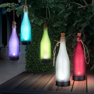 Solarna lampa oblik flaše