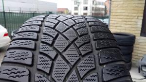 Zimske Gume Dunlop 235 45 19