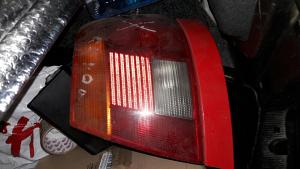 Desna stopka stop svjetlo Audi A4 95-99