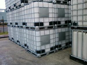 Aceton 99.7% -- 1000 litara 066 636 638