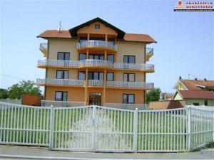 Vila na placu površine 2103 m2 ID 496/SK