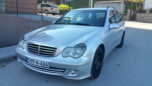 Mercedes C klasa Model 2005 Facelift