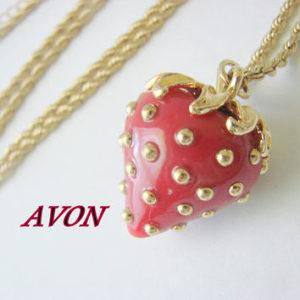 Avon Ogrlica Strawberry/Jagoda