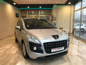Peugeot 3008 1.6 HDI 2012 god. NAVY Do Registracije