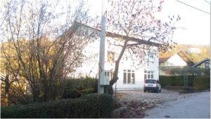 Prodaje se Kuća u Cazinu sa poslovnim prostorom