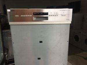 SIEMENS ugradbena mašina za suđe 12 kompleta