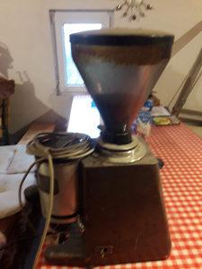 Mlin za kafe aparat sa brojcanikom