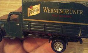 Metalni autić kamion duž 11 cm