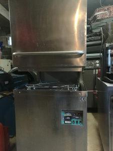 Masina za suđe - hauba