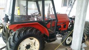 Traktor Zetor 6011