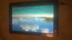 tablet Cube  U30GT neispravan