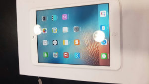 Apple iPad mini 1 (16 GB)