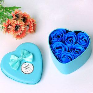 Sapun u obliku ruža ruže 6 kom plava boja + kutija