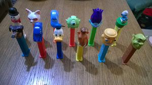 PEZ figurice (lot 12 Pez figurica)