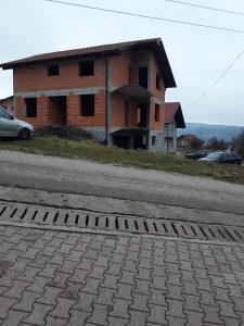 Kuća Banja Luka sa 500kvadrata zemlje.