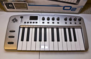 M-Audio O2 Midi 25 Keyboard