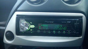 Auto radio cd-mp3 PIONEER USB >NOVO<