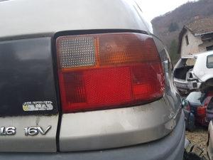stoplampa desna astra f limuzina