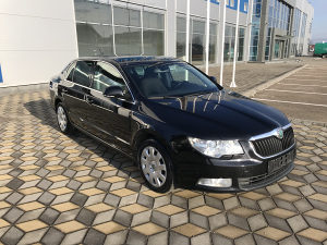 SKODA superb super b1.9 TDI NAVI DVD Model 2010